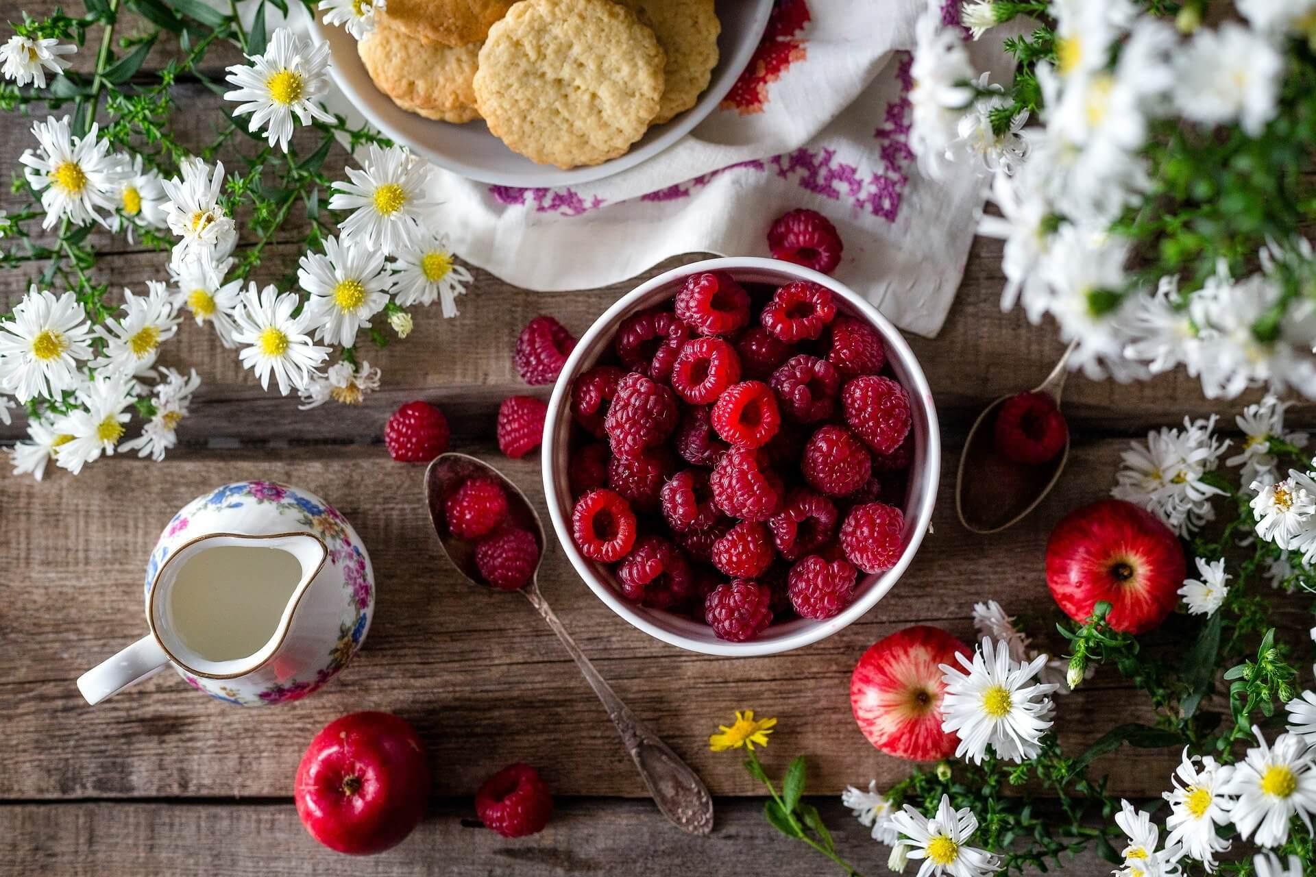 Raspberry bowl